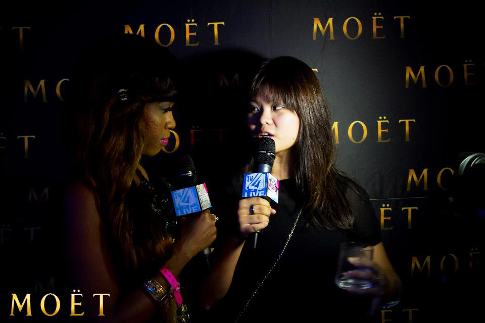 Esther being interviewed at the 2012 4style TV awards
