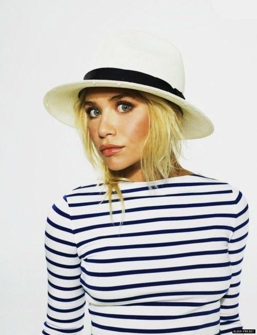 ashley-olsen-hat