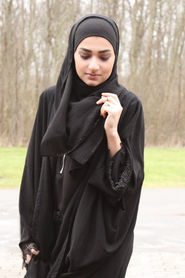 Cool Dress Of Saudi Arabian Women 1000 Ideas About Traditional Dresses