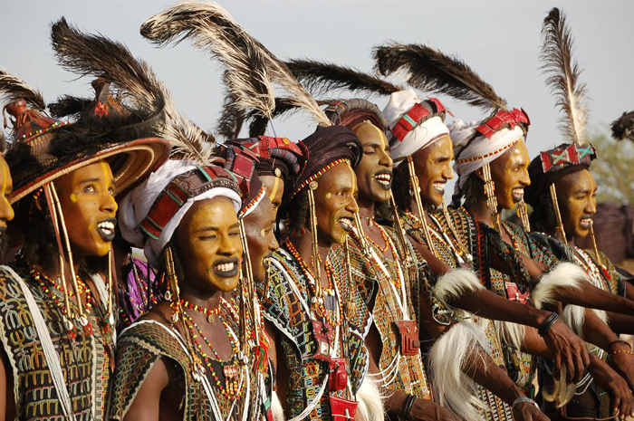 A line of groomed and preened Nigerien tribesmen Photo: Afrotourism