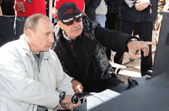 2008-05-13_Владимир_Путин,_Никита_Михалков_(2)
