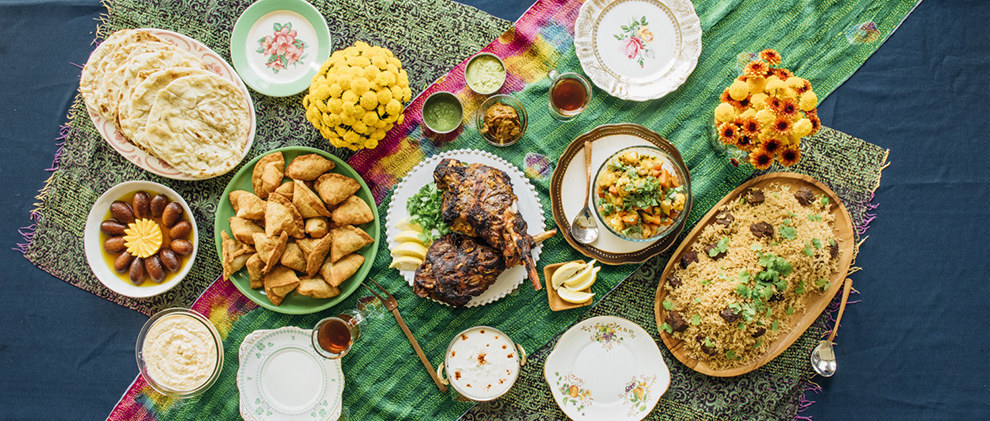 A typical Pakistani Eid spread. (Yael Malka, Buzzfeed)