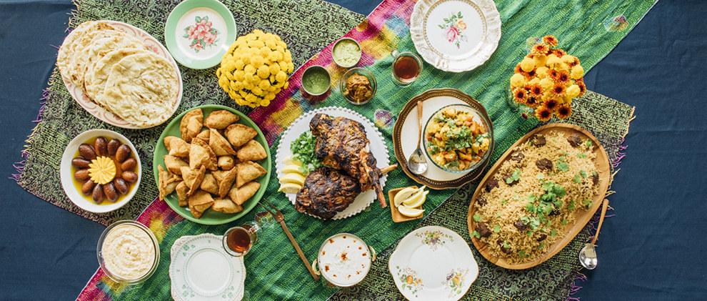 A typical Pakistani Eid spread. (Yael Malka, Buzzfeed)